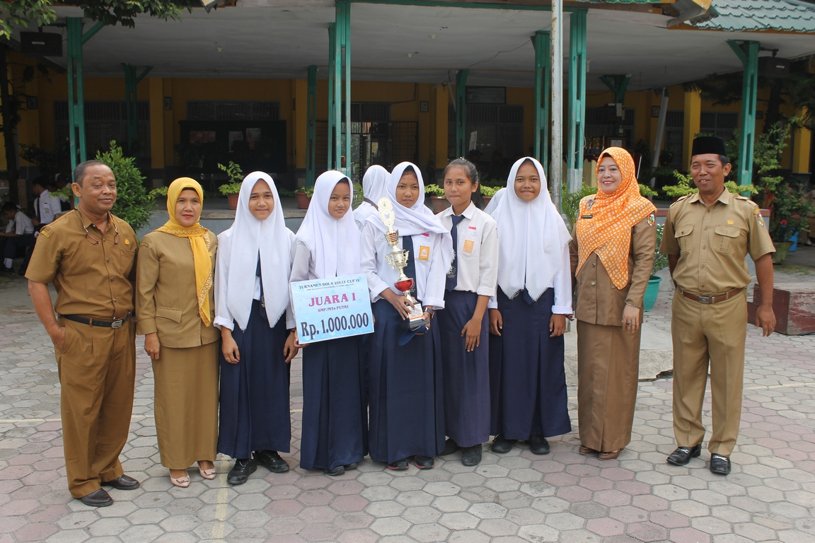 Juara I Tournamen Bola Voli Cup IV SMK Keuangan Pekanbaru